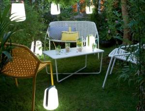 La lampe Balad au jardin.