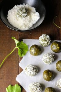 Energy balls au thé Matcha- Crédit photo Naked Cuisine Pinterest