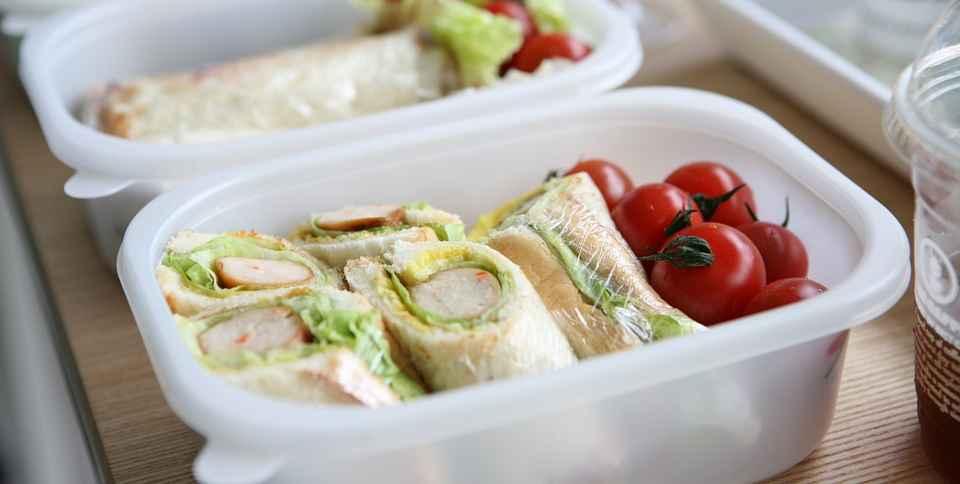 Lunch Box Manger Sur Le Pouce Mais Equilibre Au Travail
